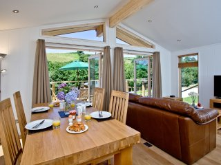 6 Hedgerow located in Lanreath, Cornwall