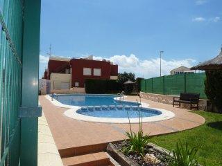 3 Bed Quad Villa / A/C / Pool / Villamartin #16