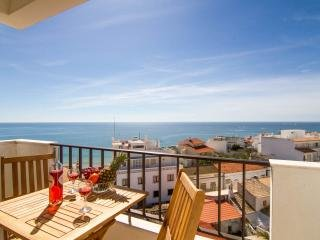 Big Apt Seaview 100 m Beach in Old Town Albufeira