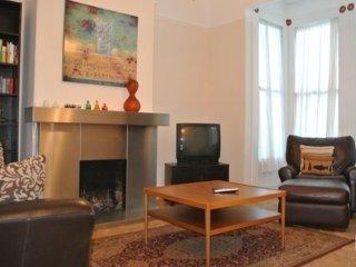 Furnished 2-Bedroom Apartment at 18th St & Eureka St San Francisco