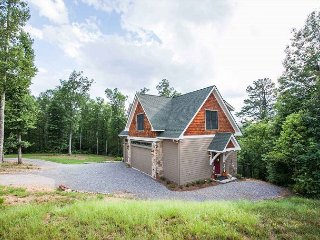 Raspberry Hill | Modern Mountain Hideaway | Secluded on 10 Acres!