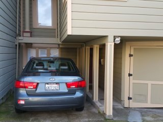 Furnished 4-Bedroom Duplex at Waller St & Downey St San Francisco, Forest Knolls