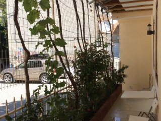Ilir Guesthouse to let