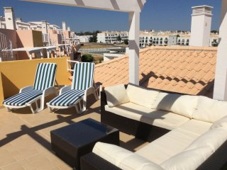 Holiday rental in Cabanas Paraiso  Licensed PENTHOUSE, dedicated free wifi