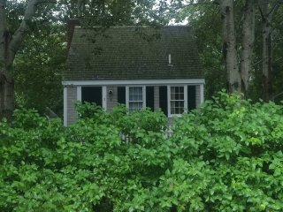 Classic Cape Cod Captain's Cottage, Yarmouth Port