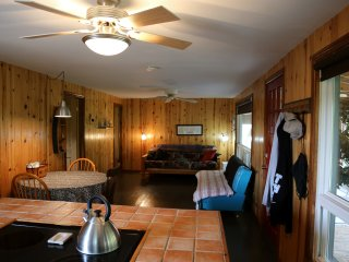 Fenelon River/Sturgeon Lake Cottage Rental, Fenelon Falls