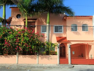 Casa Tropicale w/ Pool  Residential Area In Town, Cozumel