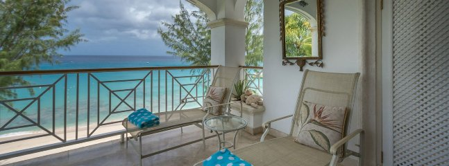 Villa The Casuarinas At Old Trees 3 Bedroom  (A Luxury 3 Bedroom Beachfront