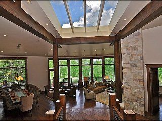 Snowmass Luxury Home - Ski-in/out with rooftop deck (203074)