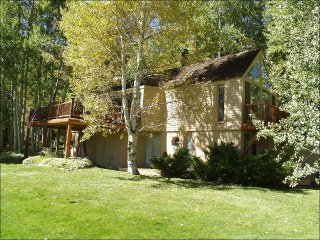 Charming Snowmass Home - Private Neighborhood on wooded lot (203079)