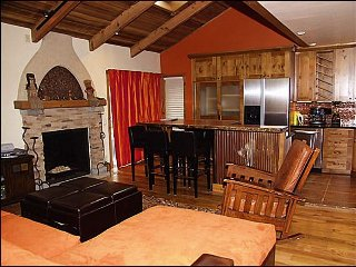Hip Snowmass Condo - perfect for 3 couples (202989)