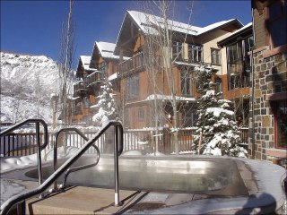 Corner Penthouse Unit facing slopes - Wonderful Views from wrap around deck! (9426), Snowmass Village