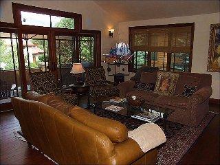 Beautiful New Custom Home - Deck with Views (9451), Aspen