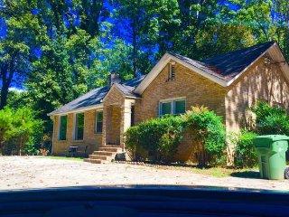 2 Bd 2 Bath Spacious Home, Atlanta