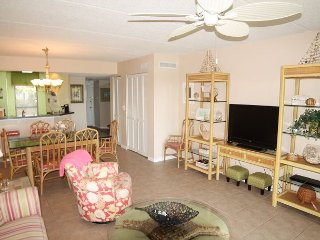 Sea Place - Ocean Front - 3 Bedroom Condo, Flat Screens, Upgraded throughout, St. Augustine