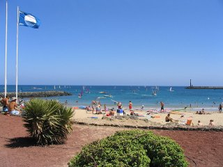 Just Listed! Great Location! A jump from the beach, Costa Teguise
