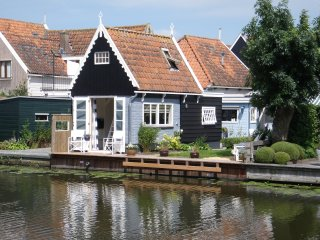 Idyllic house at the waterside of Edam