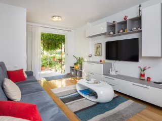 Apartman Mirjana Best Apartment For Your Vacation!, Split