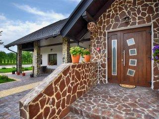 Villa Stone, Rakovica