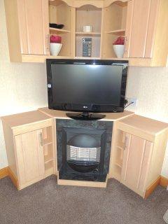 32' Flat screen TV