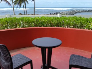 Beach Front Villa. The best view ocean front! Sleeps 6 - 8
