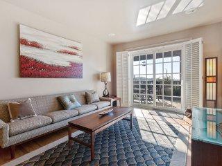 Furnished 2-Bedroom Condo at Turk St & Parker Ave San Francisco