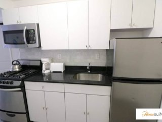 Well-Lit 2 Bedroom, 1 Bathroom Apartment in New York, Weehawken