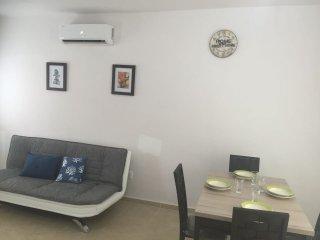 Nueva y acogedora casa en zona arbolada y tranquil