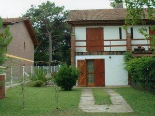AnaSil -Duplex En Zona Norte - Alquiler Temporario, Villa Gesell