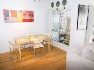 Gorgeous and Elegant Furnished Apartment in front of Culver City Fox Hills Park