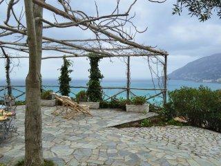 Charming Stone Villa near Maiori  - Villa Giglio