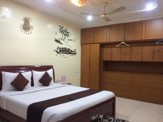 Premam Serviced Apartment, Chennai (Madras)