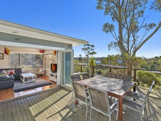 ROCKPOOL COTTAGE - Family