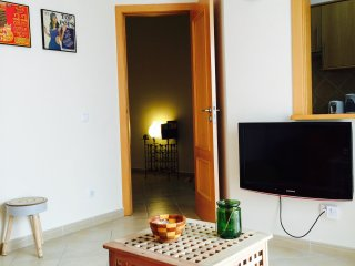 Beautiful - Central apartment & private courtyard- charming & clean 5*