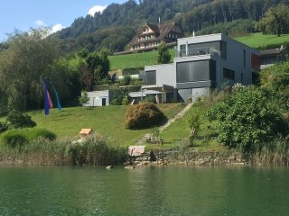 Your premium location in Switzerland - lake access
