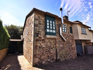 Lovely stone house on 'the way of St. James of Compostela'