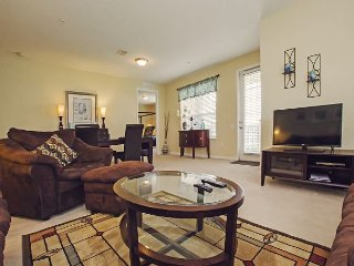 Vista Cay Lakeview Condo 3 bed/2 bath (#3020), Orlando