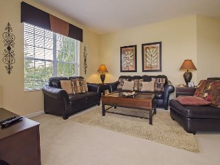 Vista Cay Lakeview Condo 3 bed/2 bath (#3067), Orlando