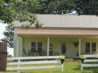 The Farmhouse - Madison County, AR