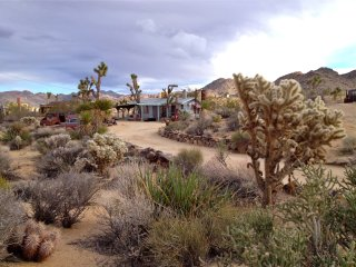 Bungalow in the Boulders, Joshua Tree