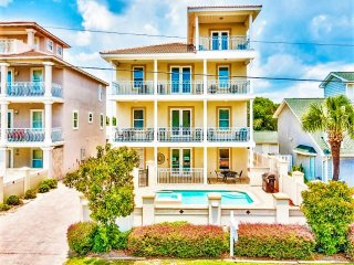 Aurora: 8 Bdrm, Pool, Game Room, Private Beach, Destin