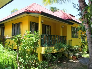 Tropical Garden 2 Bedroom House