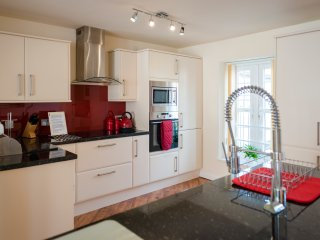 Kitchen with integral fridge freezer/dishwasher/coffee machine/microwave