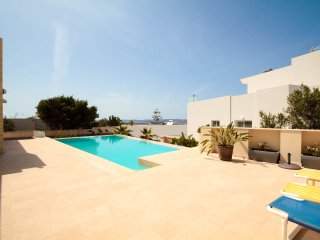Villa Apartment, Pool Seaview close to Beaches, Mellieha