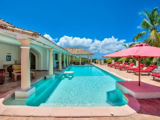 LA PROVENCALE... huge luxury villa with 5 master suites perfect for a group of