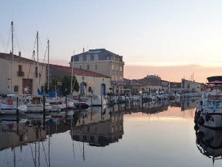 Marseillan, vacation rentals France near beach sleeps 4