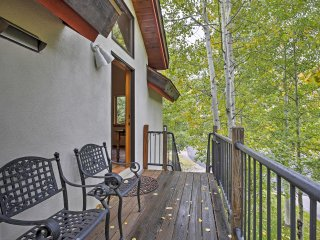 NEW! 1BR Vail Apartment w/ Amazing Mountain Views!
