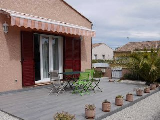 Marseillan holiday villa South France, sleeps 6