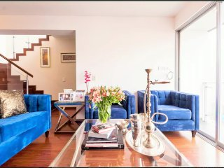 Large Luxurious Penthouse in Miraflores, Lima