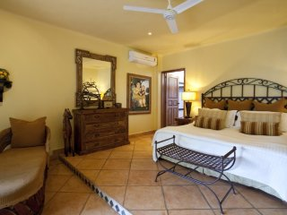 CASA HORTENCIAS - 3 bed, 3 bath,  private pool